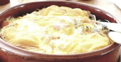 Saucisse de Morteau sur son lit de pomme de terre au Brillat-Savarin