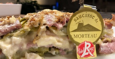 Lasagna Di Salcice Di Acquamorta IGP con Porri, gratinata al IGP Brillat Savarin.
